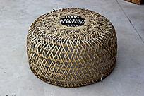 竹篾鸡笼手工艺品