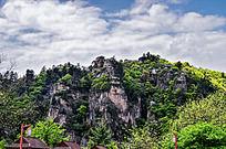 壁立千仞的崆峒山