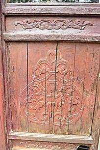木质门和浮雕雕刻怀旧复古掉漆