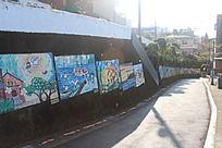 台湾淡水的画作墙