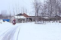冰天雪地里的骑行者