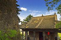 崆峒山的一座寺庙