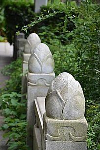滕王阁里的石制护栏