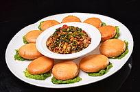 泰椒土鸡蛋配饼