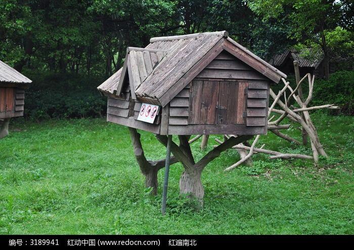 树上的小木屋图片素材下载(编号:3189941)