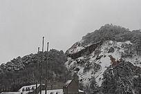 皖南山区山峰雪景