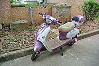 粉紫色的女装摩托车