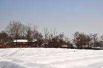 雪原上的村庄