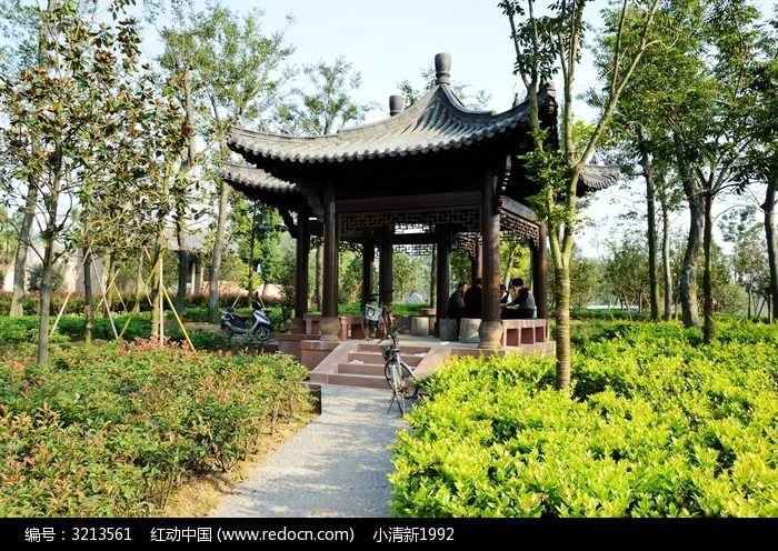 方形的中式亭子图片,高清大图_园林景观素材_编号_红图片