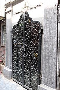 欧式雕花铁门