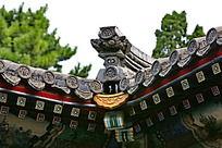 颐和园画廊手绘屋顶雕刻瓦灰色亭子屋顶