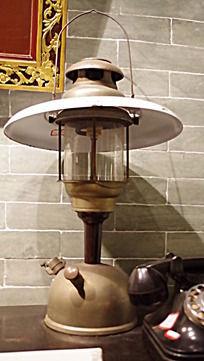 怀旧老煤油灯