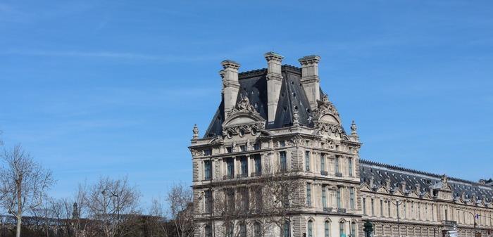 方形屋顶的建筑图片