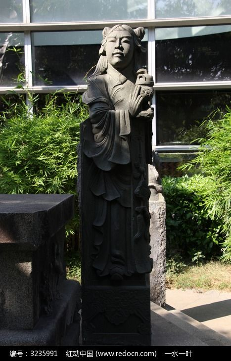古代童子人物石像图片