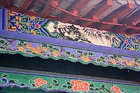 古典建筑上的雕花图案