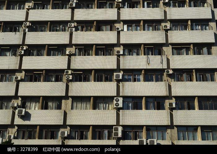 南京大学大楼的外墙图片