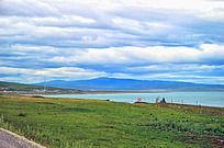 青海湖与草原