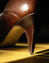 高跟鞋鞋跟特写