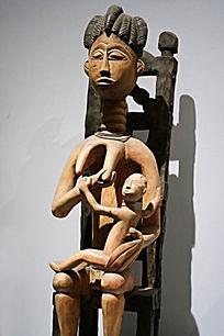 非洲木雕人像