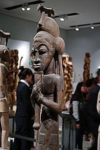 非洲女人木雕