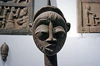 木雕女人头像