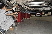 汽车保养检修