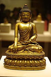 鎏金铜释迦摩尼佛坐像