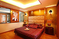 大红床卧室图