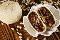 潮州五仁鱼翅酥皮月饼