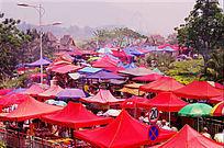 傣历年的商品街