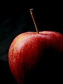 一个红苹果特写图片