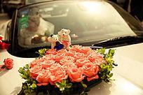 小熊玫瑰花婚礼花车