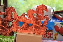 木雕骏马旅游纪念品图片