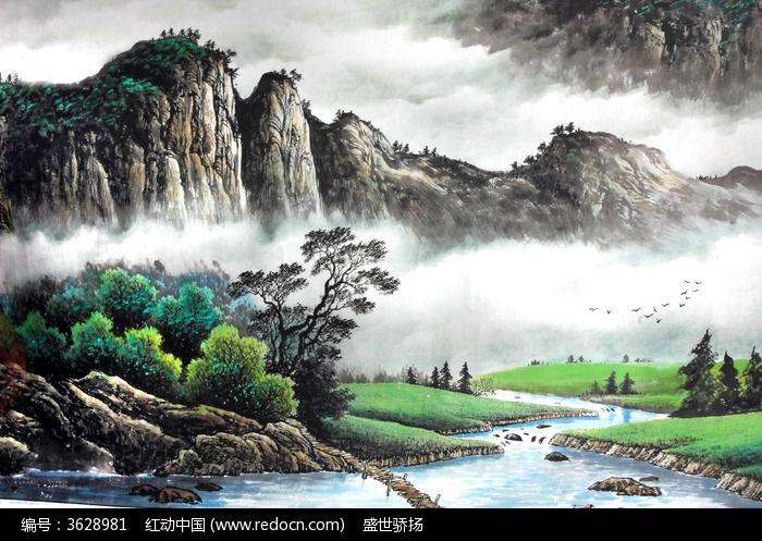 山峰水墨画图片