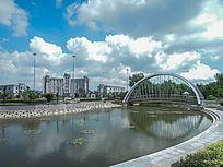 松江思贤公园吊桥和税务局