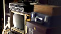 复古老旧收藏黑白电视机录像机组合