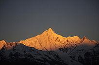 卡瓦格博雪山