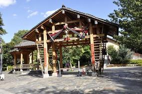 苗族的木质建筑