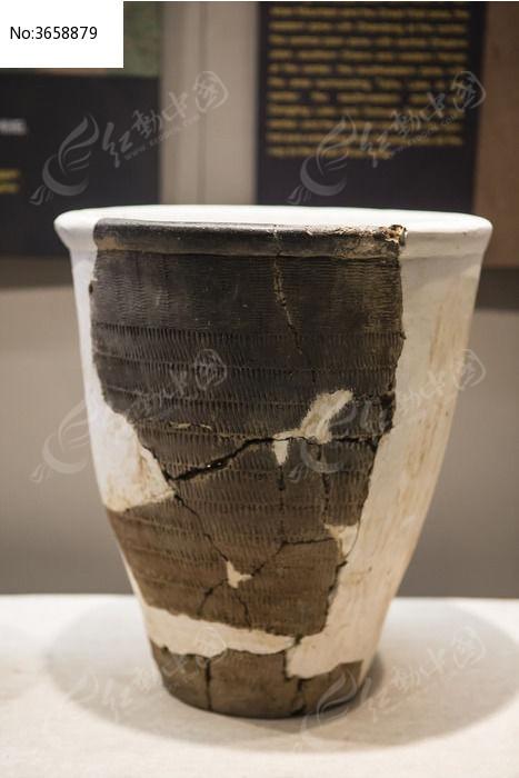 古代陶制缸图片