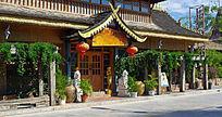 绿化式的傣族酒吧门面装潢