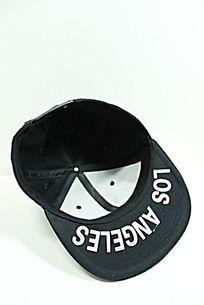 黑色棒球帽内部