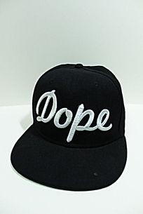 黑色棒球帽正面