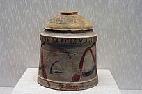 钟形奥拉陶罐