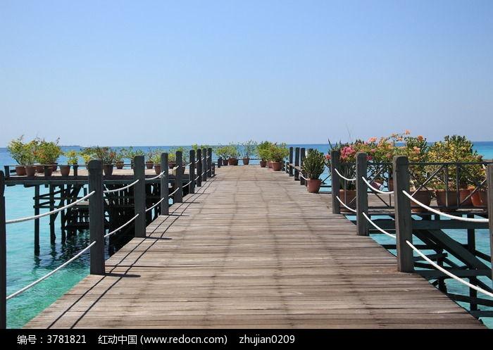 海岛度假木栈道图片,高清大图_滨海建筑素材