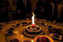 蛋糕和蜡烛