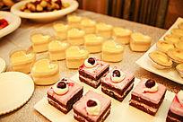心形蛋糕 巧克力夹心红枣蛋糕