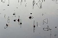 残荷倒影之儿童的天空简笔画