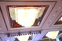 宴会厅吊顶装饰  水晶灯饰