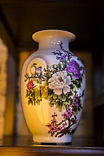 花枝栖双鸟图案陶瓷瓶