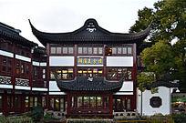 上海豫园湖滨美食城全景